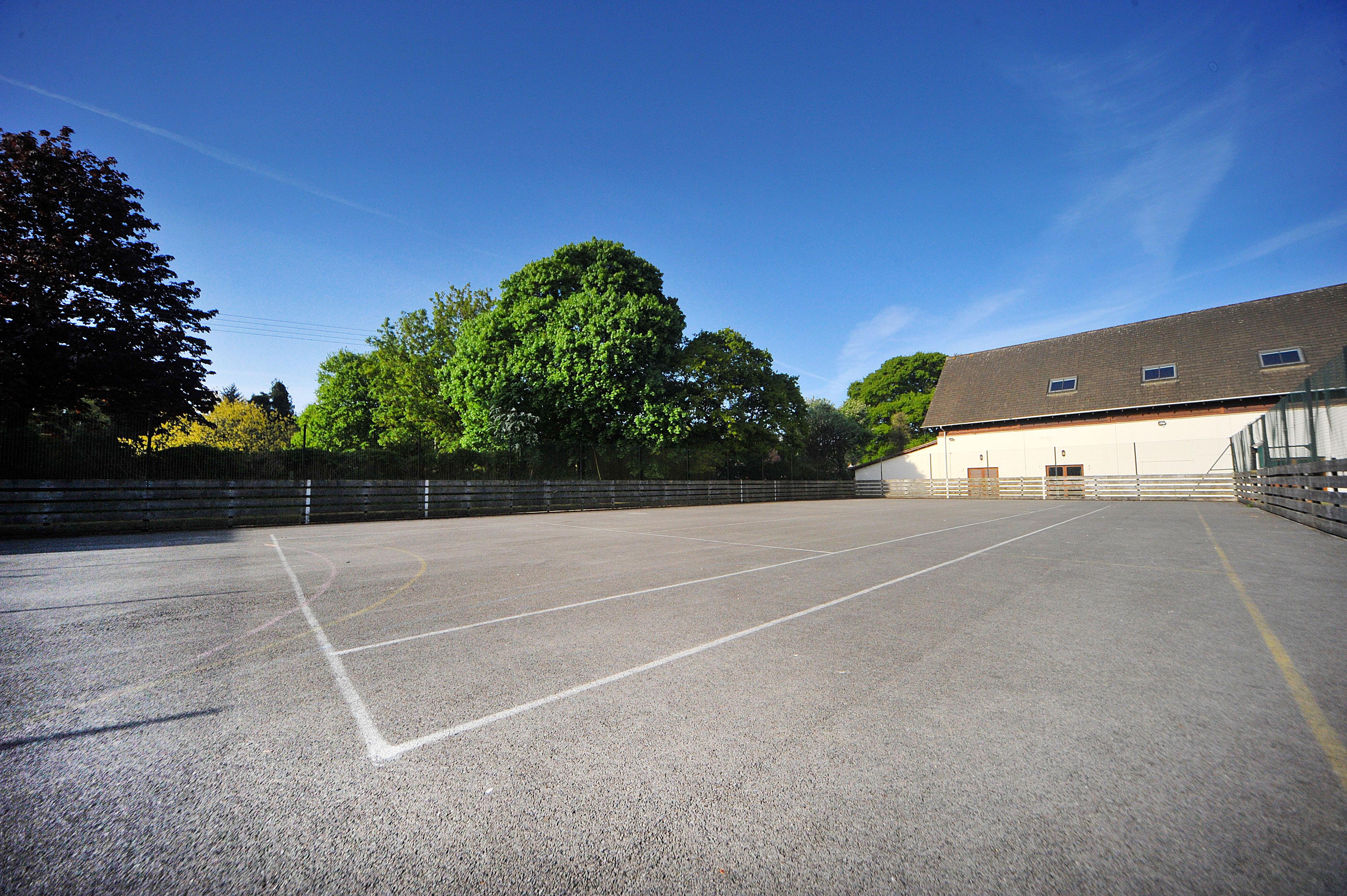 Derry Hill – Lansdowne Hall